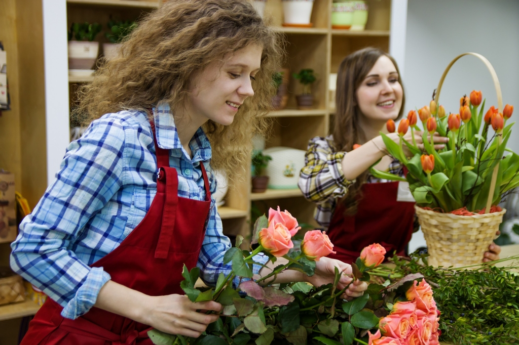 Two ladies working in a florist shop